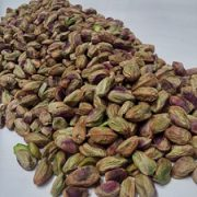 roasting salted pistachio kernels